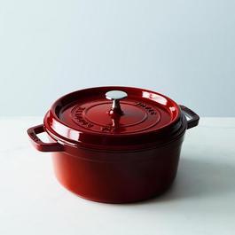 Staub Round Dark Red Cocotte, 4QT