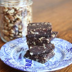 *Raw* Superfood Dark Chocolate Brownies With Walnuts