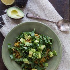 Curried Quinoa with Spinach and Avocado