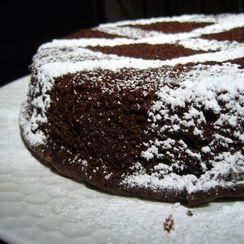 Fudgy Chocolate Stout Cake
