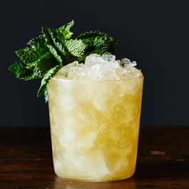 44b30f66-f550-45aa-ae0c-8de2647a51fb.2014-0708_mai-tai-cocktail-002