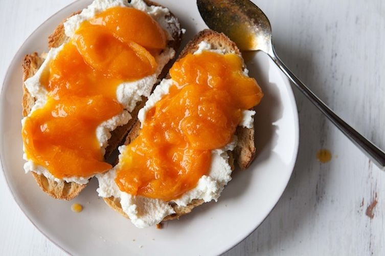 Tartines with Ricotta and a Quick Apricot Compote