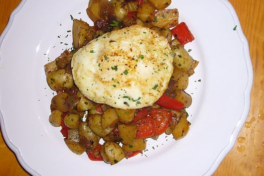 Vegetable Hash & Fried Egg