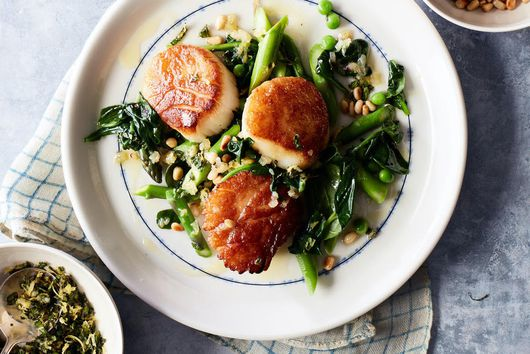 Scallops & Peas With Mint Gremolata From Gail Simmons