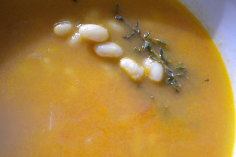 Brothy Tomato and Bean Soup