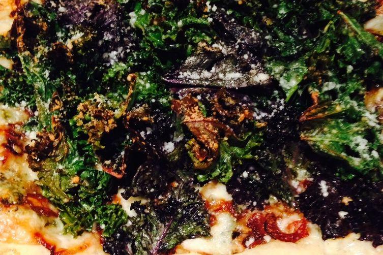 Crispy Kale Pizza