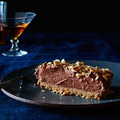 Nigella Lawson's Genius No-Bake Nutella Cheesecake