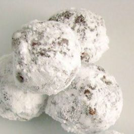 Addictive Rum, Bourbon or Grand Marnier Cocoa Balls
