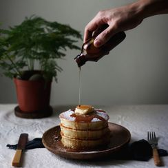 BROWN BUTTER YOGURT HOTCAKES