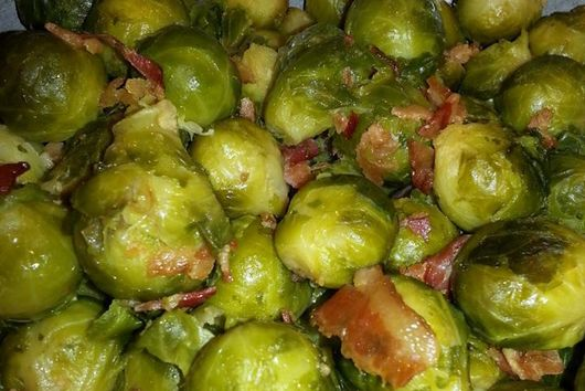 Bacon Brussels Spouts !  (AKA: Tiny Cabbages and Bacon)