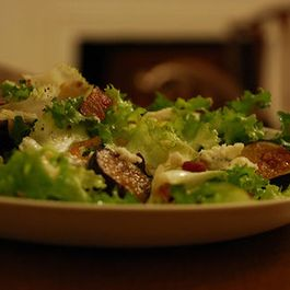 Warm Fig and Blue Cheese Salad