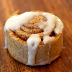 Spelt Cinnamon Rolls with Cinnamon Cream Cheese Frosting