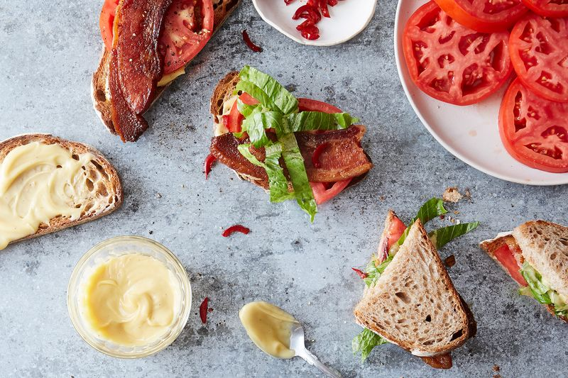 An upstanding BLT, right here.
