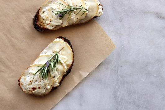 Pear & Goat Cheese Whole Wheat Tartines